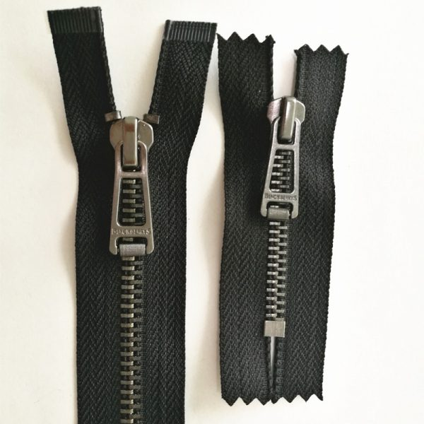 Special black nickel zipper with oe and ce